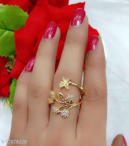 Beautiful golden leaf ring