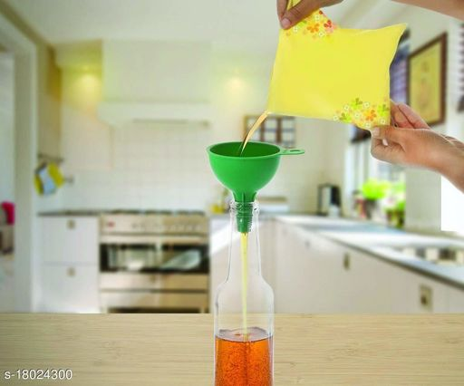 Silicone Rubber Funnel for Kitchen, Green
