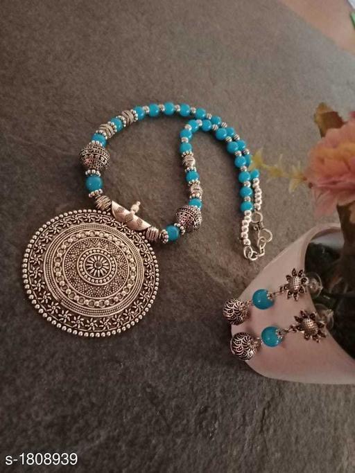 Fancy Attractive Jewellery Set