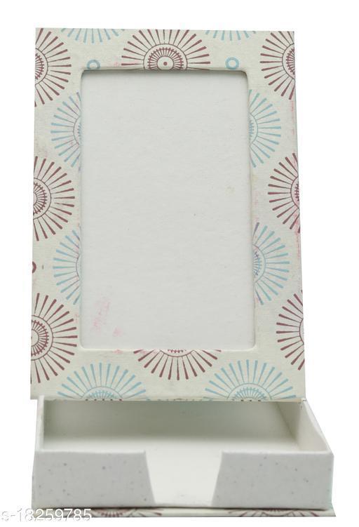 Kagzi Handicrafts Paper Photo Frame (Red, Blue,9*16)