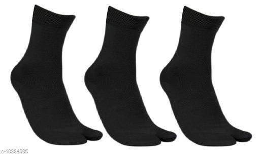 Neska Moda Women 3 Pair Black Thumb Ankle Socks