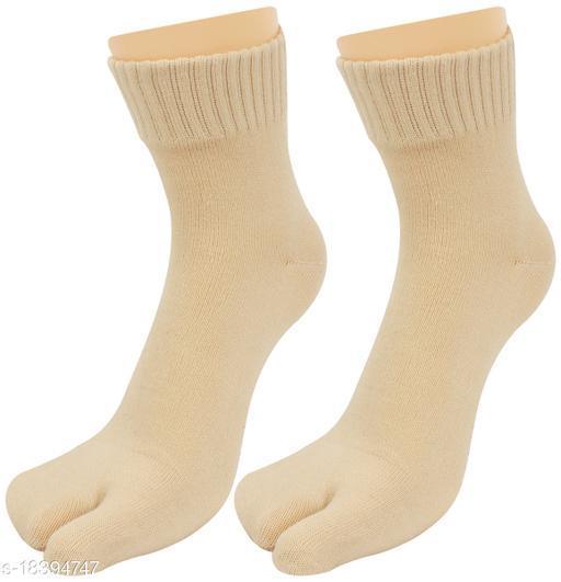 Neska Moda Women 1 Pair Beige Ankle Length Thumb Socks -S1254