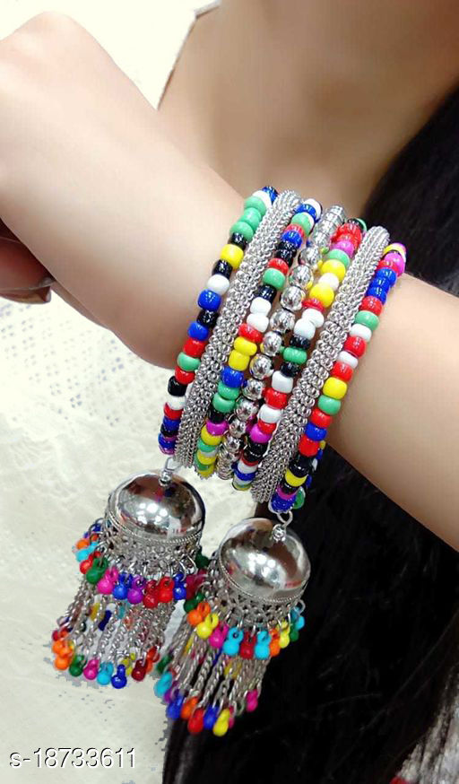 Women and Girls Multcolor Hand made Bracelet