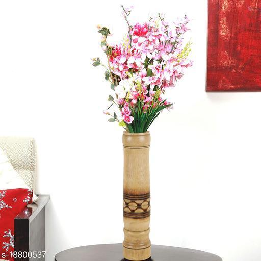 Essential Vases