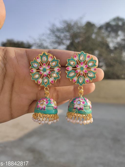 Feminine Graceful Earrings