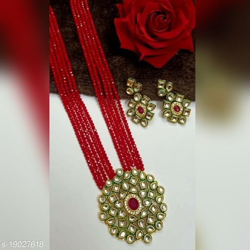 Bejeweled Women Necklaces & Chains