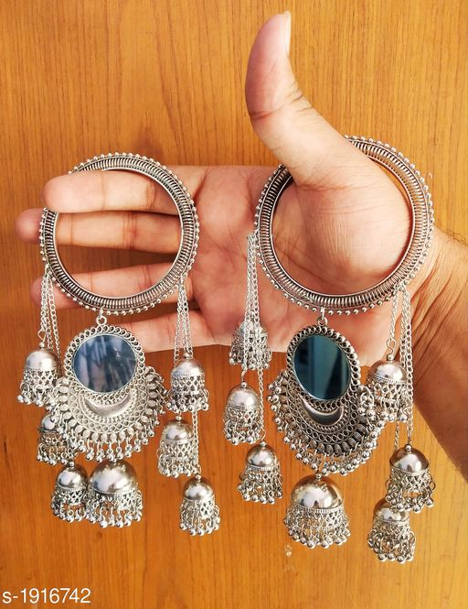 Elegant Silver And Gold Oxidised Bangle
