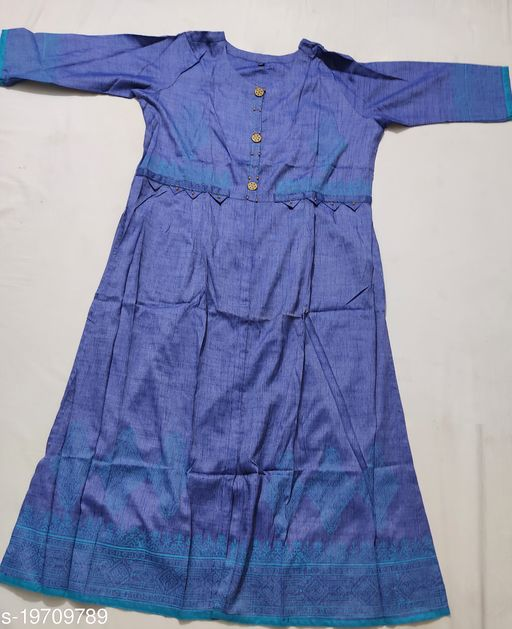 Round neck cotton  silk kurti with stylish wooden buttons and empire line