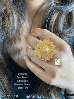 GOLD PLATED ADJUSTABLE FLOWER RING