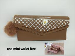 woman stylish wallet combo