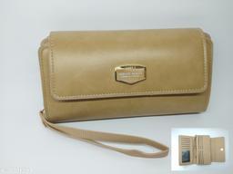 woman stylish zipper wallet