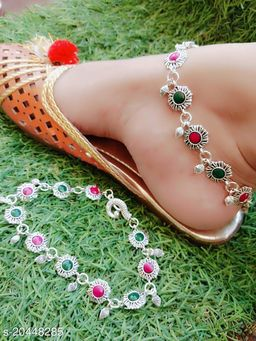 Chunky Women Anklets