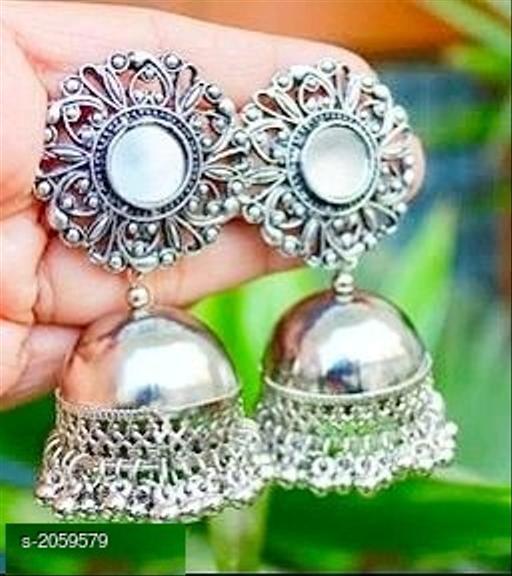 Fashionable Trendy Alloy Earring
