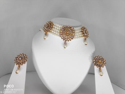 Allure Charming Women Necklaces & Chains