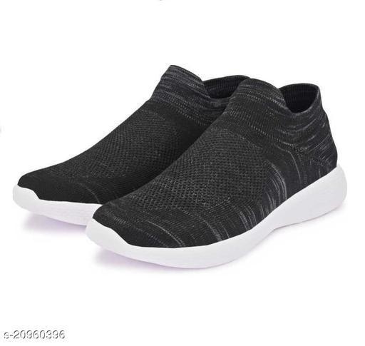 Attractive Men's Black Sports Shoes