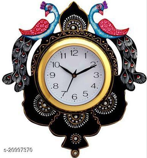 Essential Wall Clocks