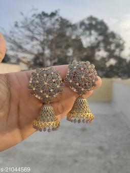 Elite Chic Earrings