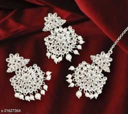 Princess Glittering Earrings and maangtika