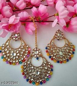 Feminine Chic Earrings and maangtika
