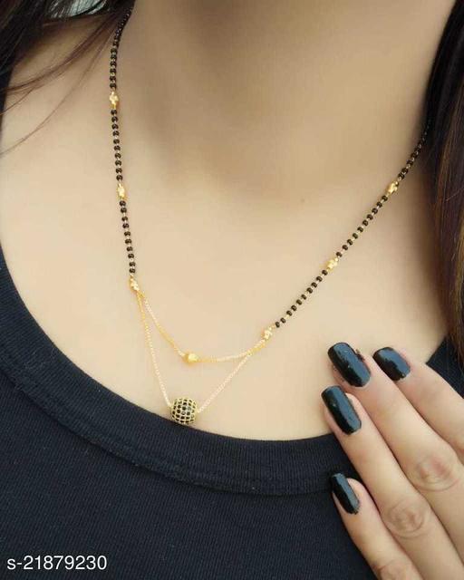 New Women Pride Stylish Leaf Black Bead Alloy Mangalsutra