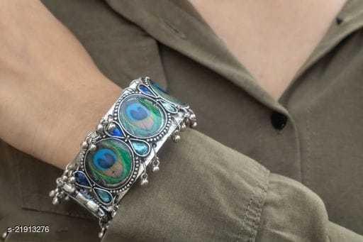 Latest Fancy Multicolor Bracelet for Girls and Women (Pack of 1)
