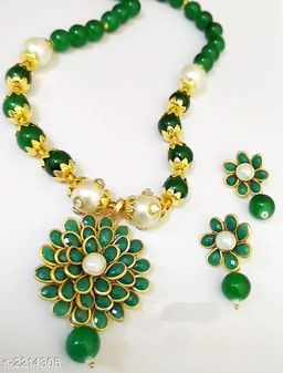 Twinkling Beads Women's Jewellery Set