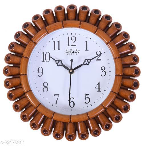 Trendy Plastic  Wall Clocks