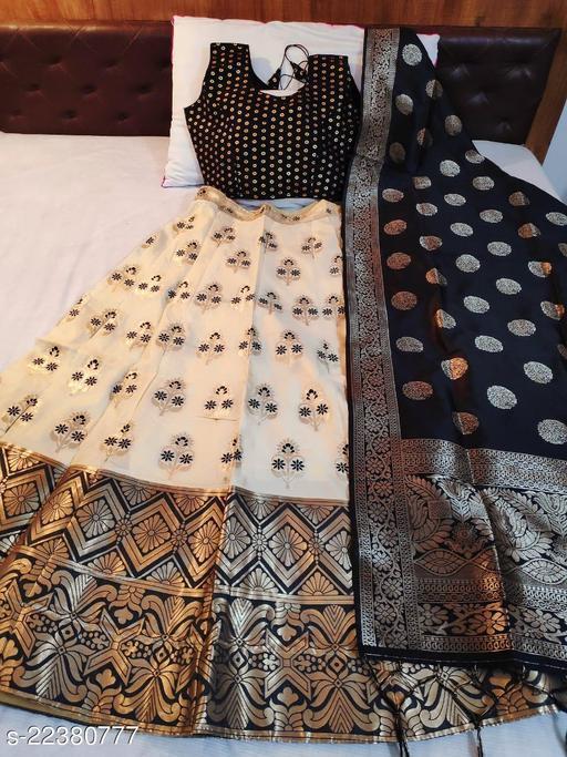 Madhi Banarasi brocade Lehnga and ready paded Blouse with Banarasi duppta