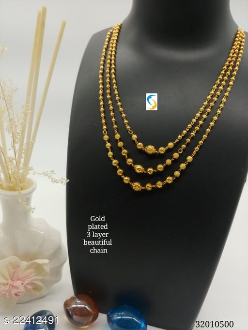 Gold plated beautiful 3 layer chain.