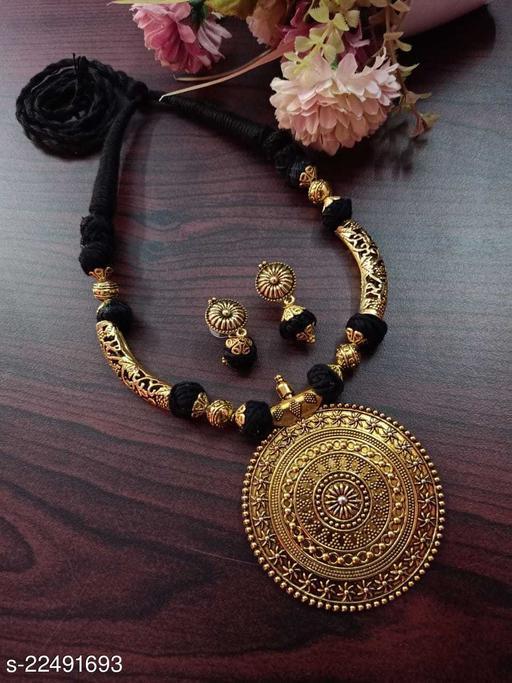 Women's Beuatifull Threads Dora Jewellery set