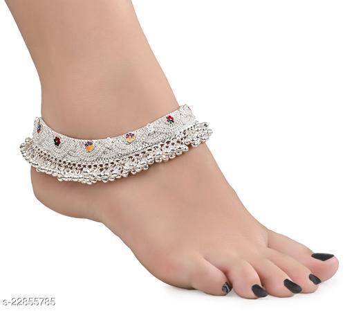 AanyaCentric 1 Pair Heavy Design Bridal Anklets Payal