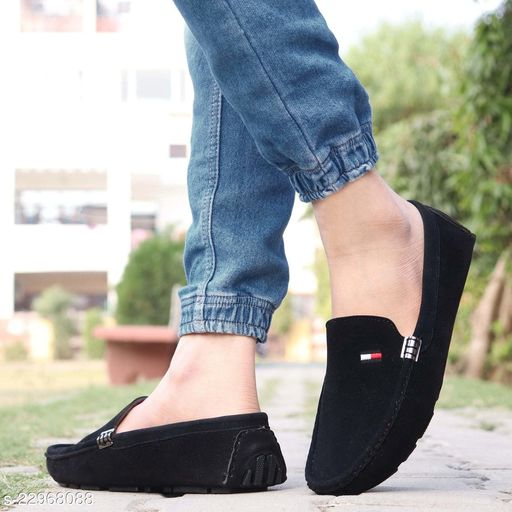 Trendy Men's Suede Black Loafers