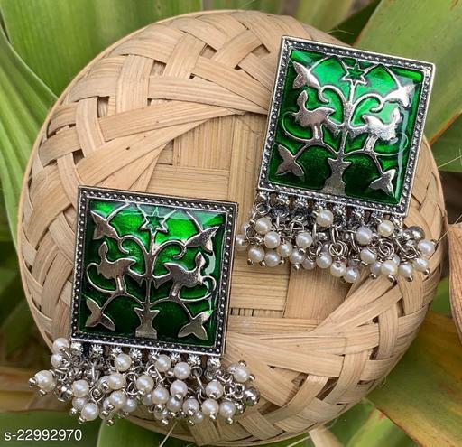 Twinkling Chic Earrings