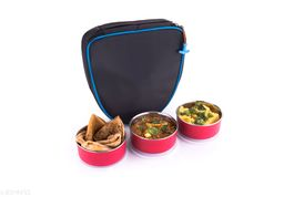 3 Pieces Of Air Tight  Containers & 1 Piece Of Bag