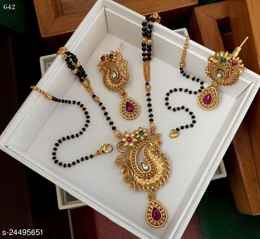 Viha Stylish Mangalsutra with earrings for Women