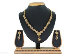 Women's Gold PLated And Stone Work Jewellery Set