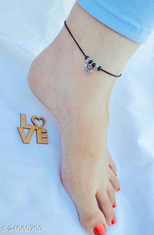 Fancy Women Anklets & Toe Rings