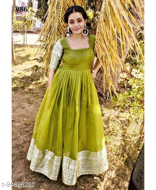 Exquisite Green Color Classy Checks Jacquard Printed Organza Occasion Wear Gown