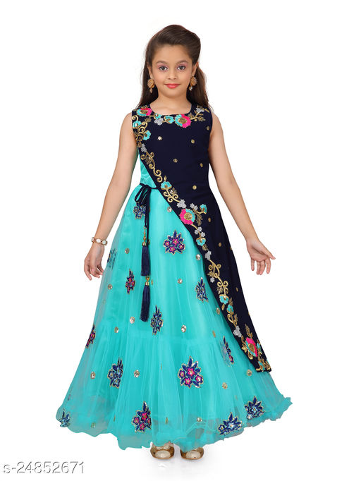 Aarika Girl's Green coloured Party Wear Gown with Unstich Sleeves