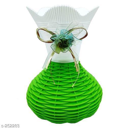 Stylish Plastic Flower Vase