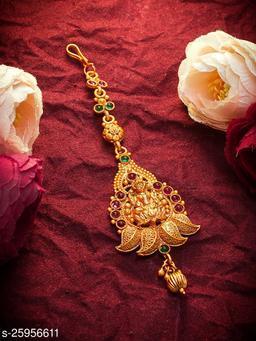 Shimmering Kundan Gold Plated Women's MaangTikka