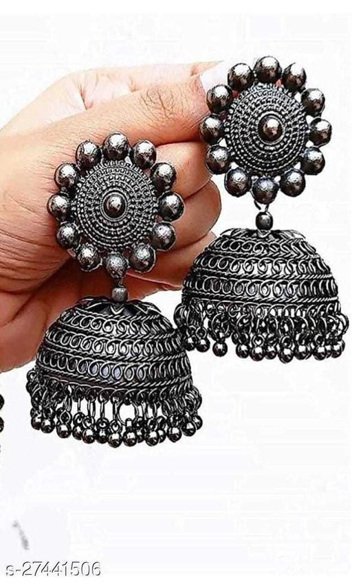 Sinha Trandy Earrings