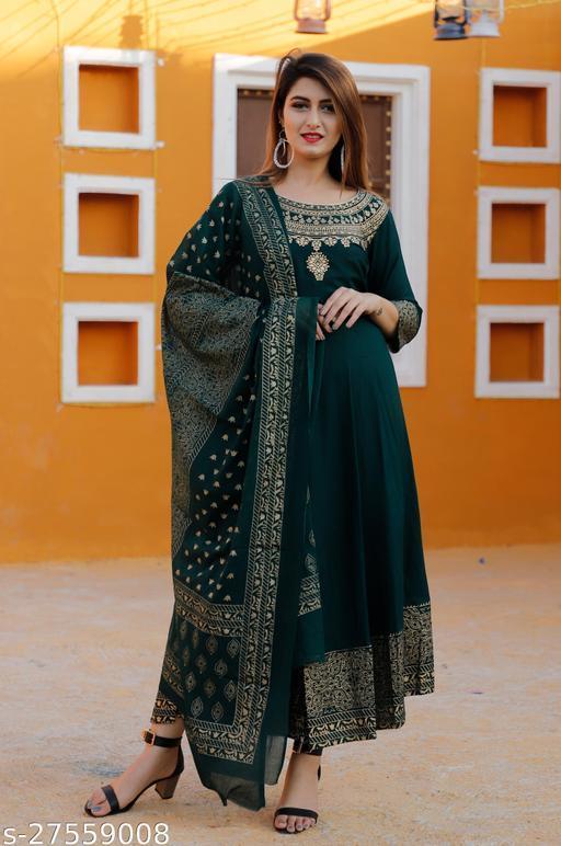 Alisha Alluring Women Gown