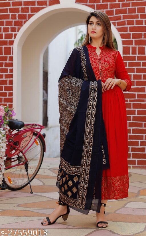 Banita Petite Women Gown