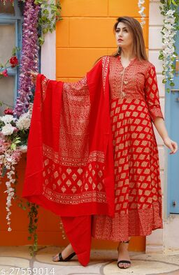 Banita Sensational Women Gown