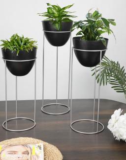 Attractive Pots & Planters