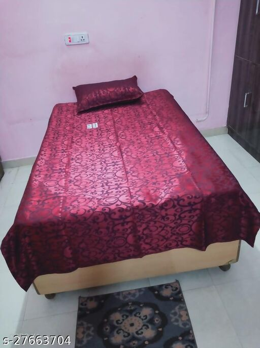 Ravishing Alluring Bedsheets