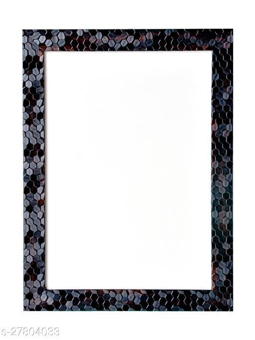 Essential Single Frames