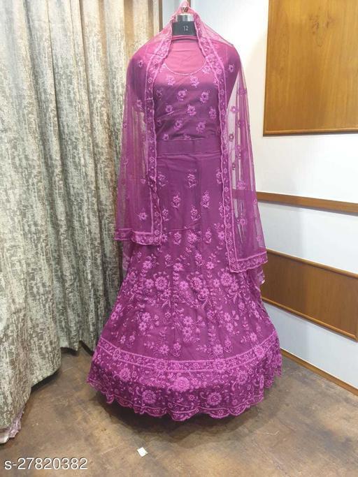 Trendy Alluring Women gown