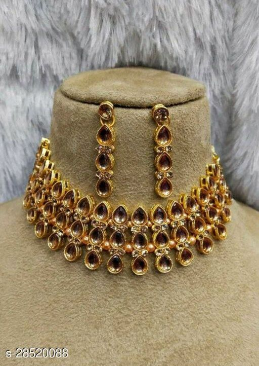 Sizzling Charming Women Necklaces & Chains Jewellery Set